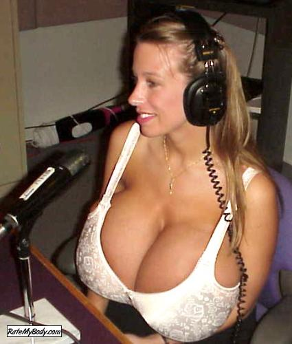 отличная грудь видео-юз1